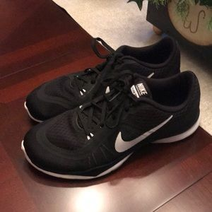 Nike Flex Tennis Shoes - 7.5